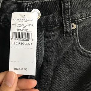 American Eagle Outfitters Jeans - American eagle embroidered black mom jeans